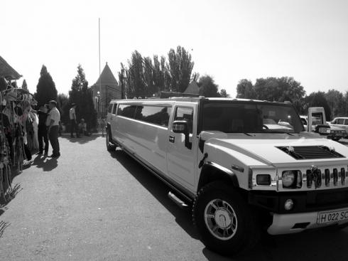 The wedding Humvee