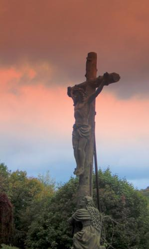 Crucifix on the Route des Vins